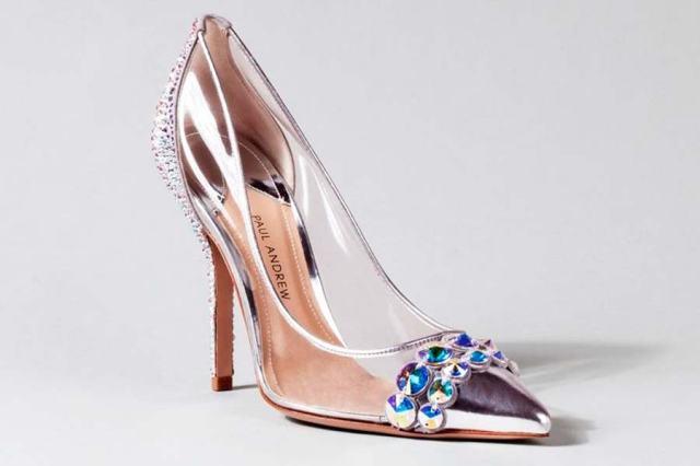 cinderela-sapatos-grifes-007
